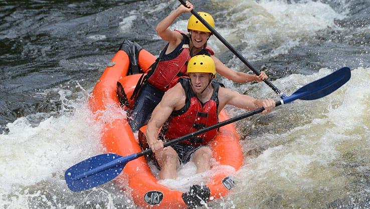 Sportyak sur la rivière Rouge près de Montréal et Ottawa | Rafting Nouveau Monde